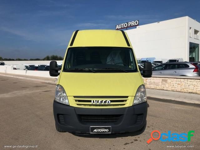 IVECO Daily 29l10 Furgone diesel in vendita a San Michele