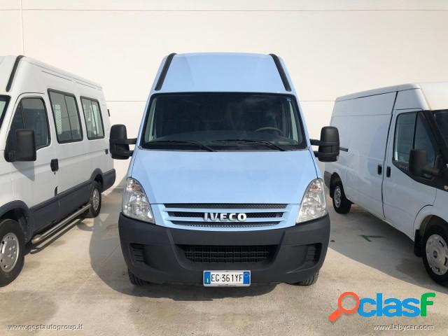 IVECO Daily 35/c18 Furgone diesel in vendita a San Michele