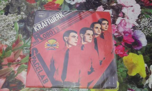 "KRAFTWERK ""THE ROBOTS"" disco 45 giri CAPITOL Italy"