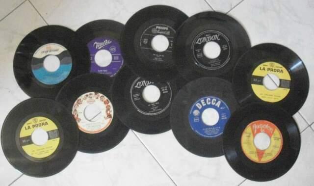 Stock 10 dischi 45 giri italia e stranieri anni  d60