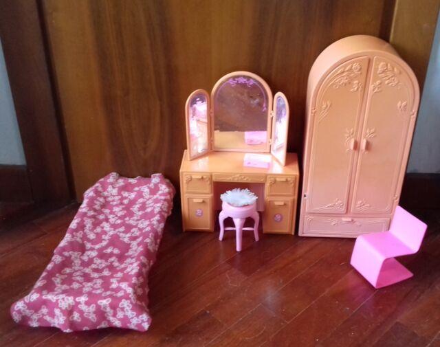 Camera da letto Barbie vintage Mattel giocata sweet roses