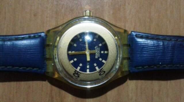 Orologio da polso marca SWATC