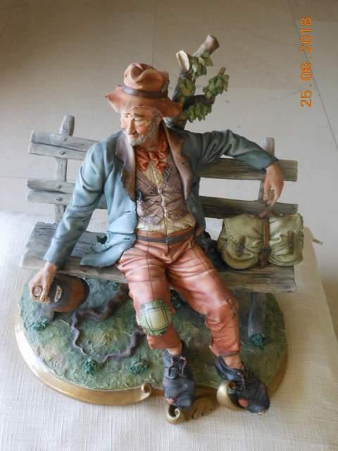Capo di Monte in ceramica Firmato
