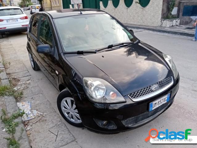 FORD Fiesta diesel in vendita a Casoria (Napoli)