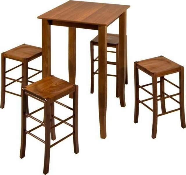 Set completi di tavoli e sgabelli, per arredo pub e