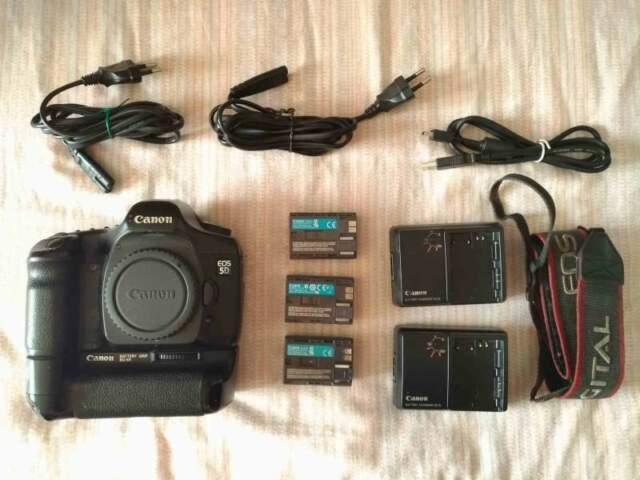 Canon Eos 5D + BG-E4
