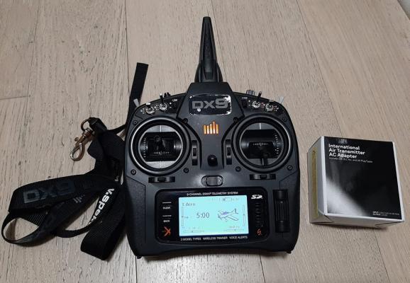 Radiocomando Spektrum DX9 black edition