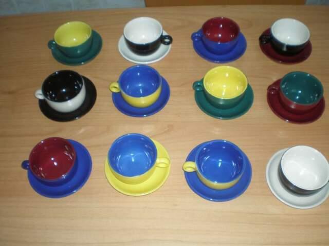 Servizio tazzine da caffè in ceramica decorata a mano