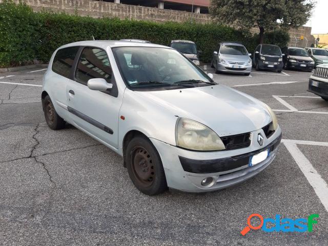 RENAULT Clio 1.2 benzina in vendita a Fiumicino (Roma)