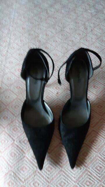 scarpe basse e nere da donna numero 41