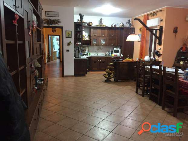 appartamento interessante zona Santa Panagia