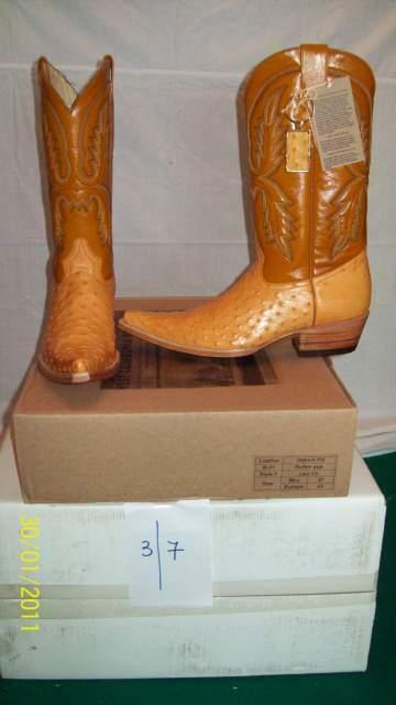Stivali texani (western boots) realizzati in pelle di