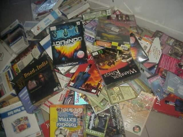 Lotto 260 videogiochi cd giochi programmi software pc nuovi