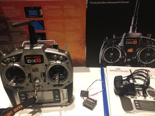 Radio Spektrum DX8 + Riceventi