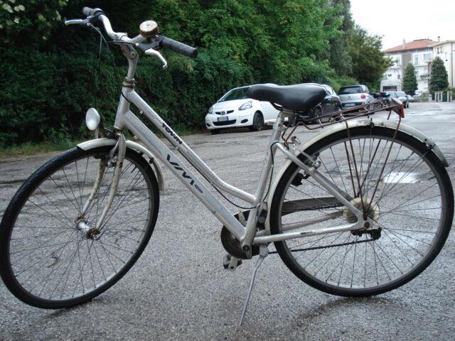 Bicicletta donna con telaio alluminio