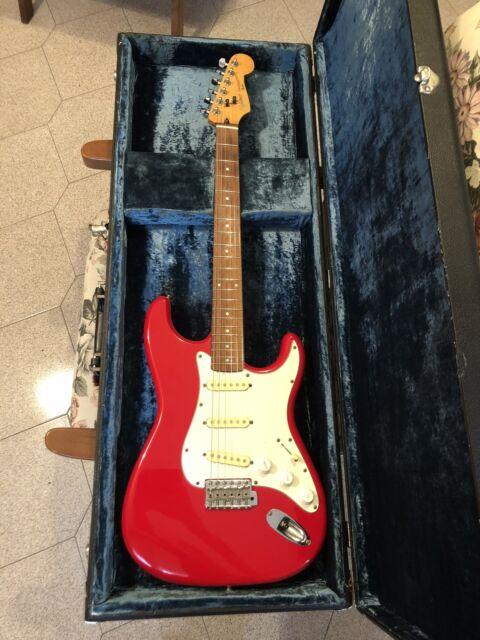 Squier Fender Stratocaster Korea