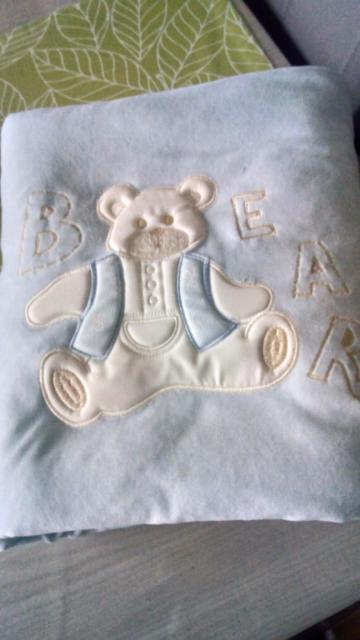 Coperta+ completo lenzuola culla 3 pezzi+3 body+5 tutine