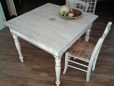 Tavolo e sedie Shabby