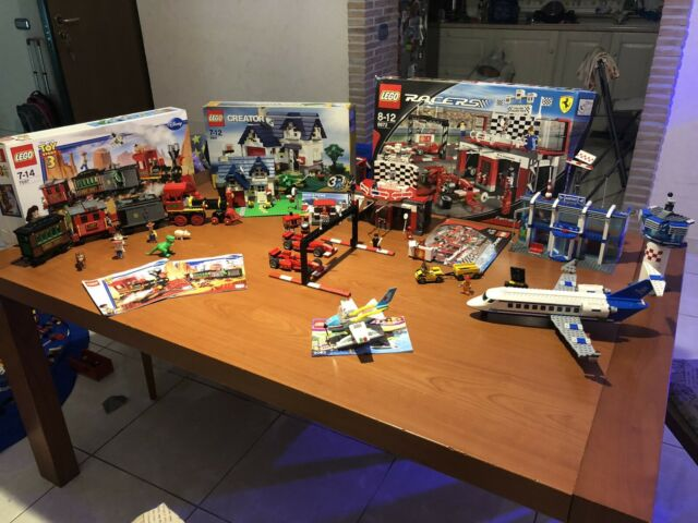 Vari set lego, city, toy story, Ferrari, creator, simpson