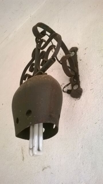 Campanacci 2 in ferro battuto ad uso lampade del