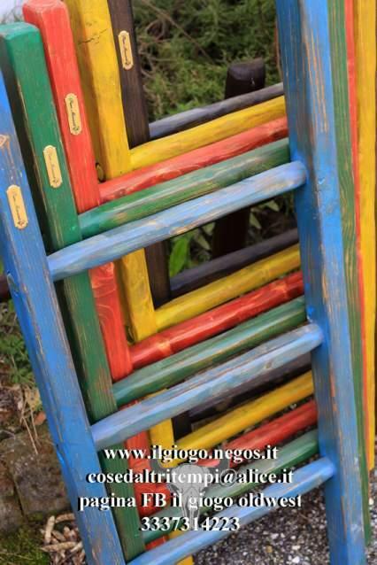 Scale a pioli in legno anche colorate scala artigianale