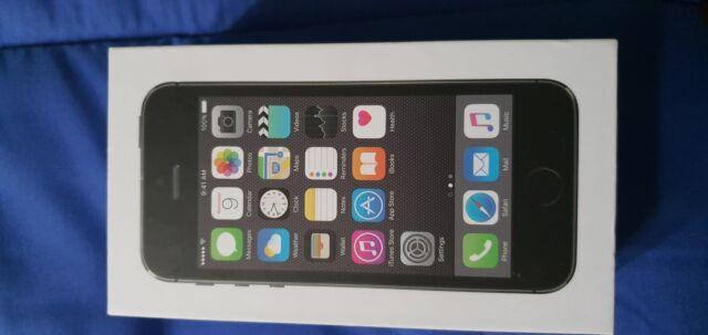 Cellulare smartphone apple iphone 5s space gray 16gb