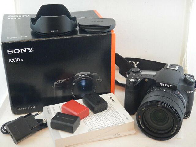 Sony RX10 Mark IV Vario-Sonnar mm + 3x Batterie +