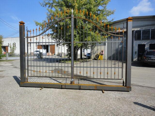 Cancello in ferro di 400 x 218 x 276 su monoblocco