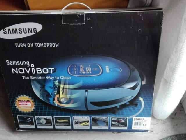 Robot aspirapolvere navibot sr