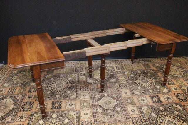 Tavolo in legno inglese allungabile a bandelle