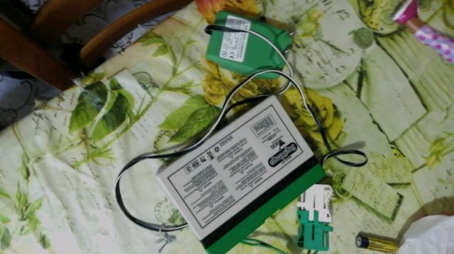 Batteria e caricatore x moto peg perego