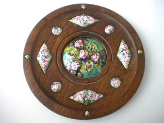 Piatto in legno massello di noce e ceramica España