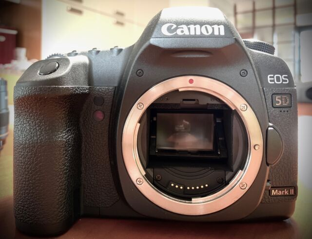 Reflex full-format Canon 5D Mark II
