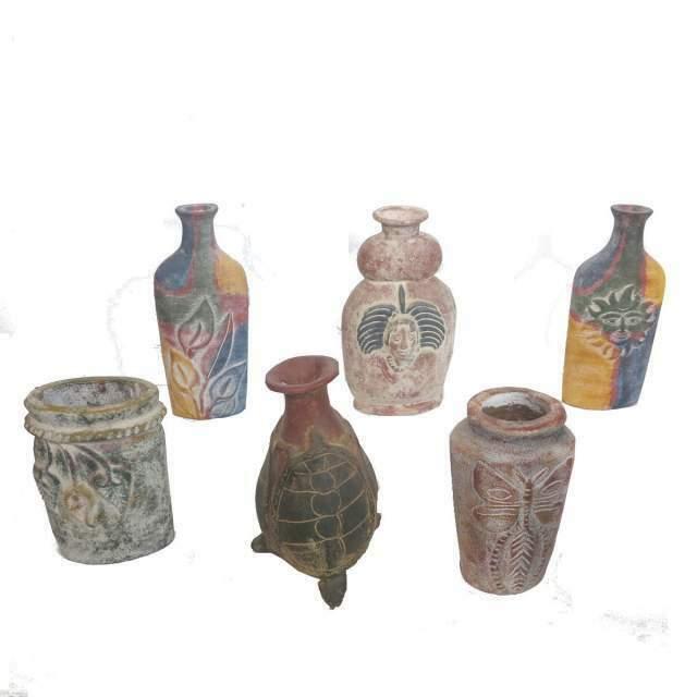 Lotto N 18 - Composto da 36 vasi in terracotta