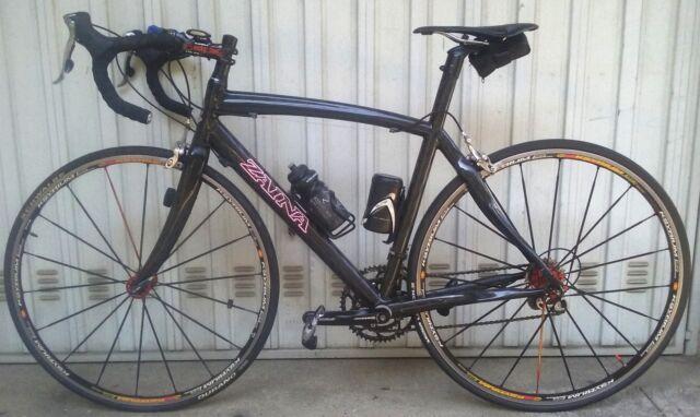 Bici carbonio corsa Zaina