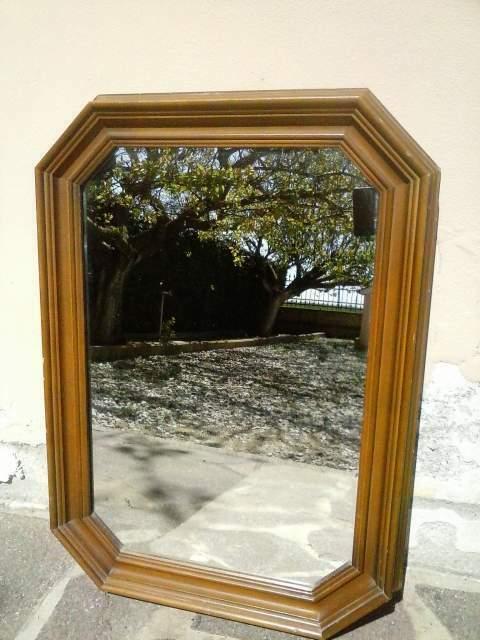 Specchio con cornice in legno d'epoca