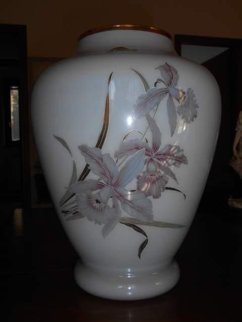 Vaso in Opalina fiorentina