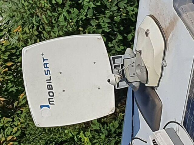 Antenna satellitare per camper