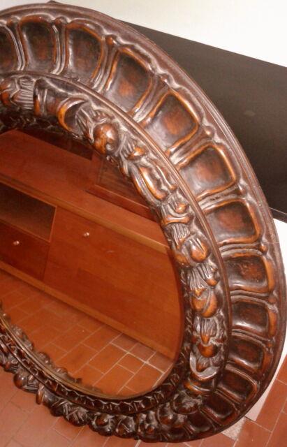 Specchio ovale in legno da parete