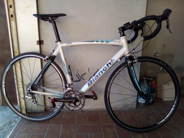 Bici corsa Bianchi Via Nirone 7 - Shimano Ultegra 10v