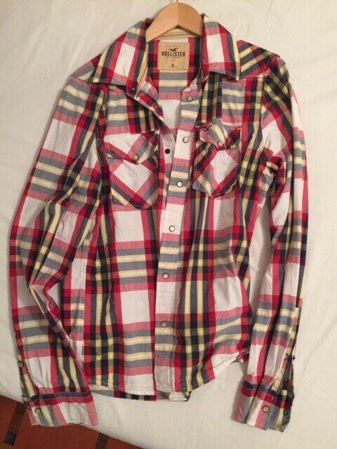 Vendo 4 camicie HOLLISTER, in blocco, originali,XL