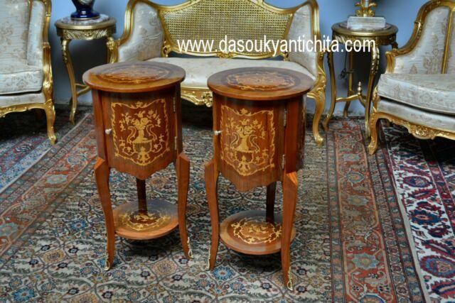 Coppia di comodini-tavolini tondi con sportello stile Luigi