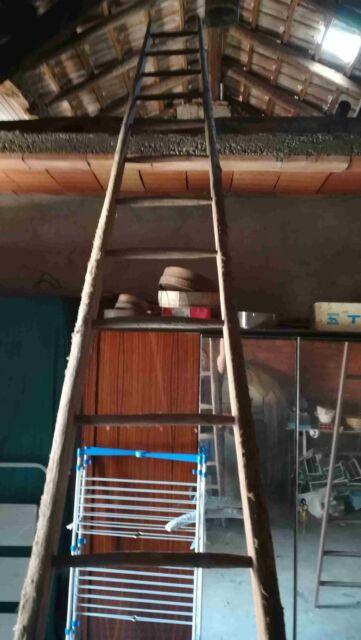 Scala a pioli in legno