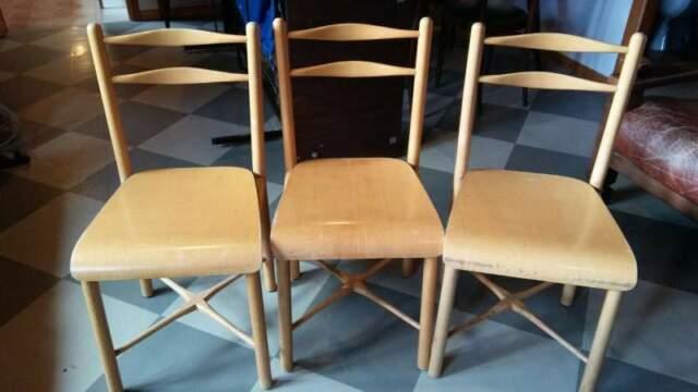 Sedie Binova in legno di frassino chiaro