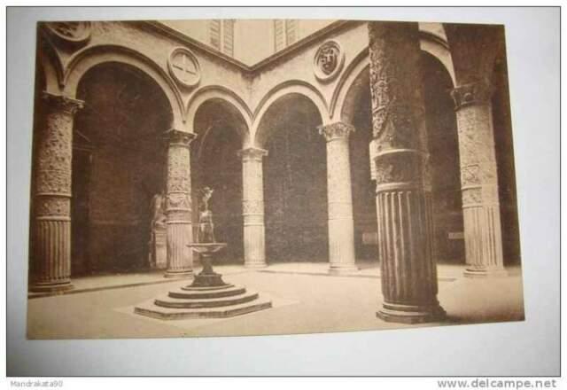 Cartolina, PALAZZO VECCHIO- IL CORTILE- FIRENZE, inizio 900