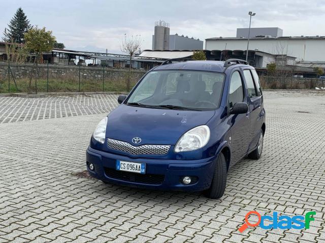 TOYOTA Yaris benzina in vendita a Lucca (Lucca)