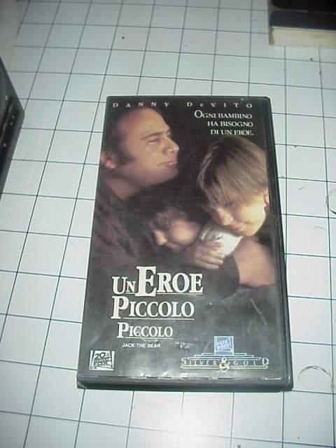 Un Eroe Piccolo Piccolo vhs videocassetta film raro