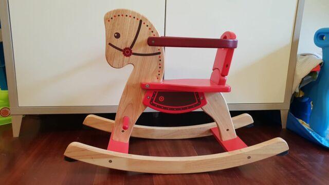 Cavallino a dondolo in legno