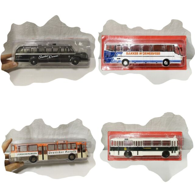 Lotto 4 modellini Autobus 1/43 diecast collezione