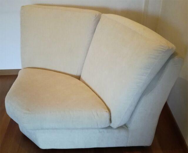 Porzione di divano in tessuto alcantara color beige